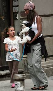 Iman and daughter Alexandria walk dog in NYC | Nyc, Dads ...