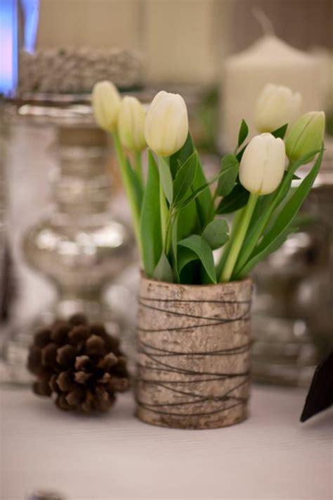 vase für tulpen 100 tolle ideen f 252 r tischdeko mit tulpen