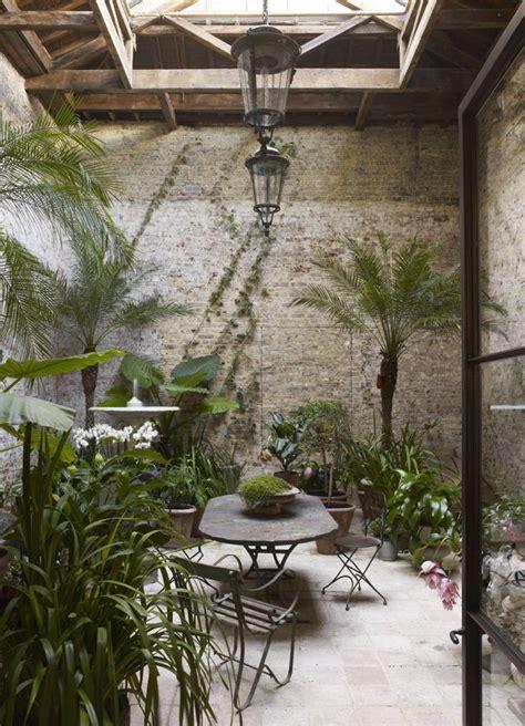 couvrir un canapé véranda des idées pour y créer un jardin d 39 hiver côté