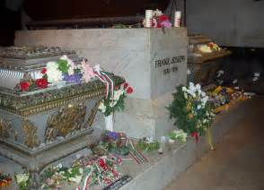 File:Kaiser Franz Joseph tomb - Vienna jpg - Wikimedia Commons