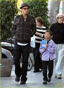 Justin Chambers & Jackson: Blockbuster Boys: Photo 2377362 ...
