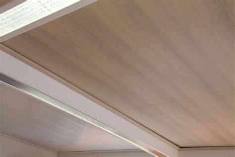 Deckenverkleidung Holz Weiss by Holzpaneele Wand Deckenverkleidungen Holz Im Haus