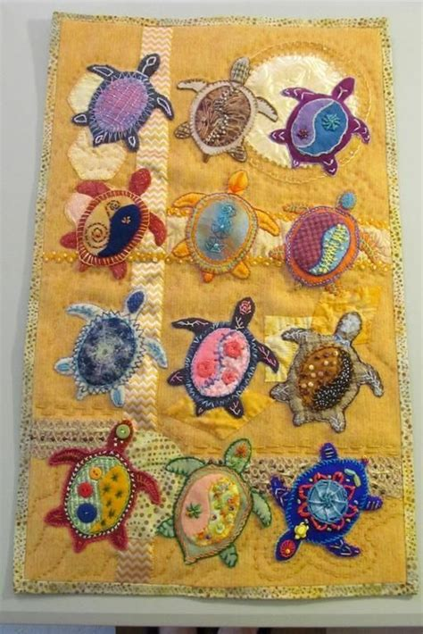 Quilting Applique Patterns by Best 25 Applique Quilts Ideas On Aplique