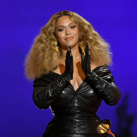 Grammy 2021: Tudo sobre a beleza de Beyoncé, Dua Lipa ...