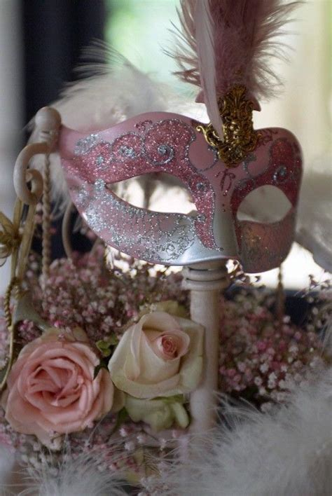 mask table decorations 25 best ideas about masquerade centerpieces on