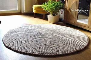 tapis rond pure off white rond tapis de boules With tapis boule laine