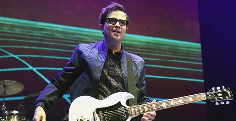 Weezer Have Finally Covered Toto's 'africa' After Viral