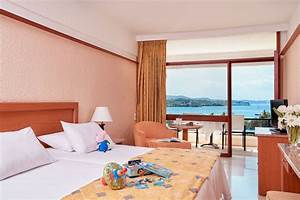 Standard Interconnecting rooms with sea view - AKS HOTELS