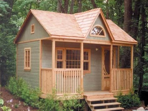 shed guest house 25 best ideas about backyard guest houses on