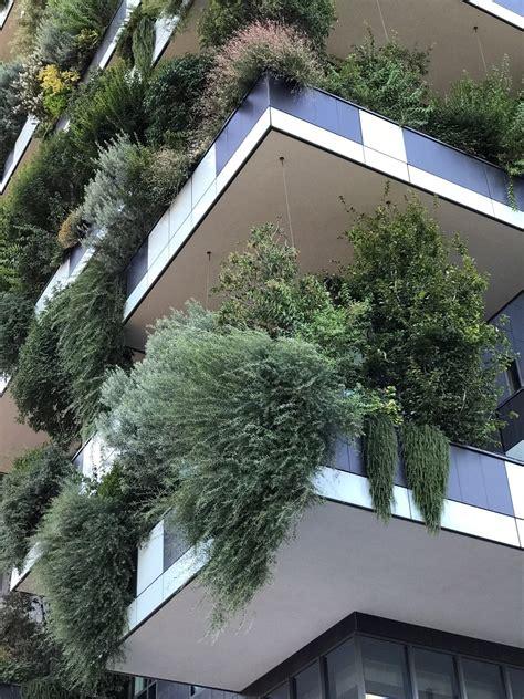 Bosco Verticale (Vertical Forest), Milan - Greenroofs.com