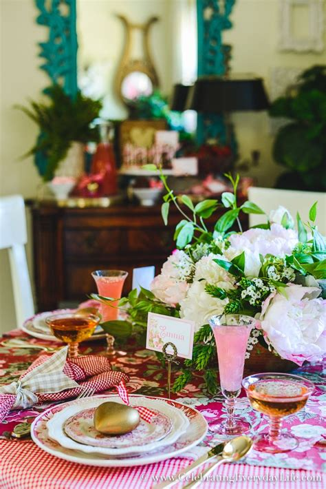 How to Host a Fantastic Galentine's Day Party this year ...