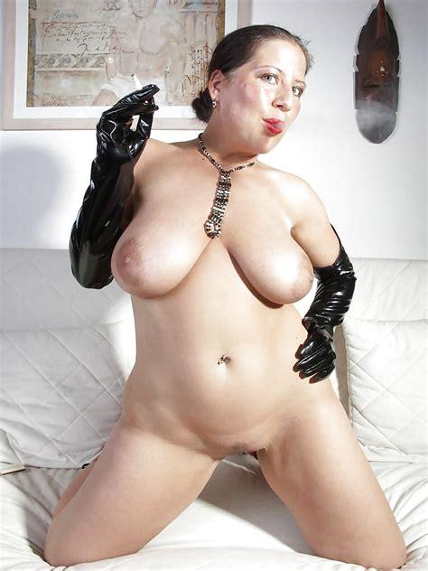 Sexy Busty Mature German Milf Brigit 30 Pics
