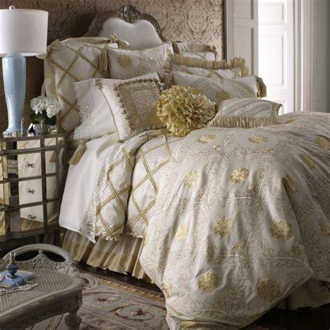Romantic Valentine's Day Ideas For Bedding Hometone
