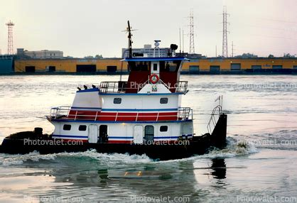 Tugboat New Orleans by Tugboat Pusher Tug Mississippi River New Orleans Images