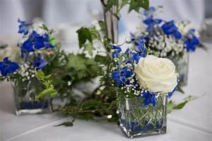 Tischdeko Blau Weiß : die 25 besten ideen zu blaue rosen auf pinterest rosen lila rosen und blumen bedeutungen ~ Markanthonyermac.com Haus und Dekorationen