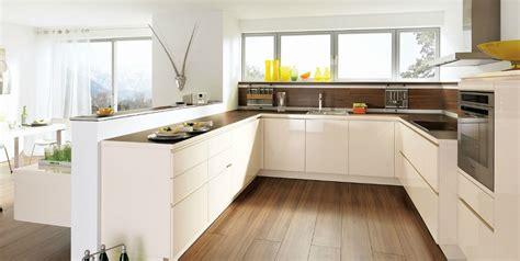 cuisines blanches design cuisine design blanche sans poignée photo 13 20 avec