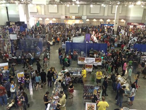 15,000 Show Up To Tucson Comic Con