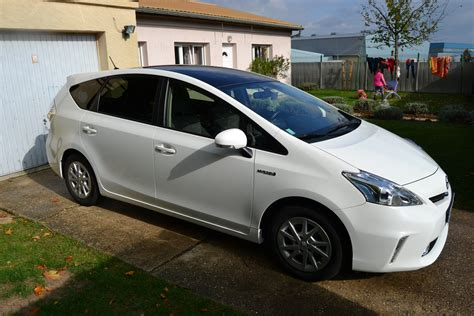 vehicule ecologique toyota prius ch dynamic