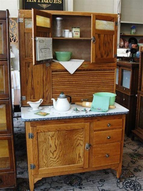 what does a hoosier cabinet look like hoosier cabinet hoosier