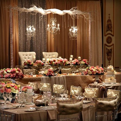 Amazing set up and arrangement of bride and groom table A
