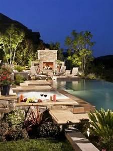 den balkon mit naturstein gestalten coole vorschlage With französischer balkon mit kleiner pool im garten