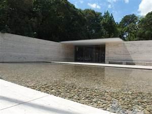 Espejo de agua: fotografía de Pabellón Mies van der Rohe, Barcelona TripAdvisor