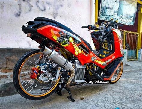 Yamaha Nmax Modifikasi by 73 Modifikasi Yamaha Nmax Thailook Terbaik Dan