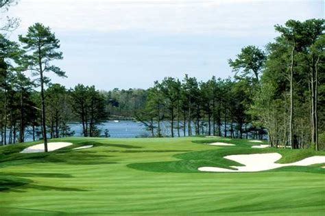Bend Nine At Willowbend Country Club In Mashpee