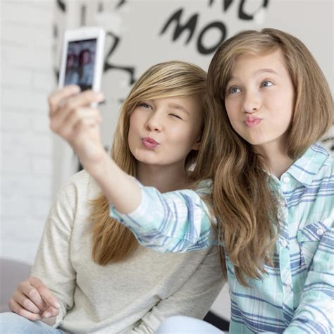 Joven Es Arrestada Tras Subir A Twitter Un Selfie Desnuda