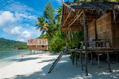 Ultimate Female Packing List for Papua New Guinea - Her ...