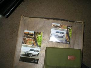 2015 Jeep Wrangler Owners Manual With Cover Case And Dvd