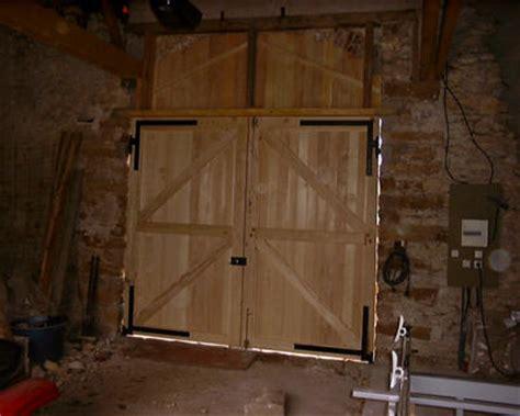 estrade cuisine porte de grange