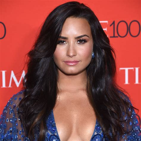 Demi Lovato Temporarily Leaves Rehab For Additional