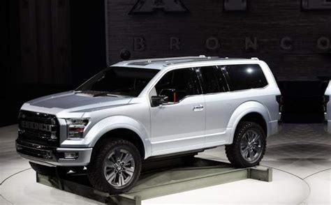 ford bronco   expect  suv built