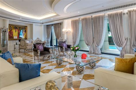 Palazzo Versace Opulent Waterfront Penthouse In Dubai Iphone Wallpapers Free Beautiful  HD Wallpapers, Images Over 1000+ [getprihce.gq]