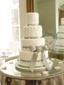 wedding cake photos wedding cake whirlwind part one woodland cakes berkshire