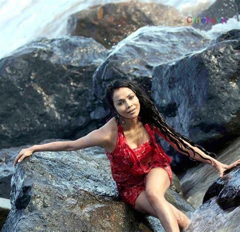Latest Nikitha Rawal Beach Photos Nikitha Hot Photoshoot At Beach