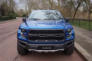Ford F 150 Raptor : 2017 ford f 150 raptor costs as much as 911 carrera in the uk ~ Medecine-chirurgie-esthetiques.com Avis de Voitures