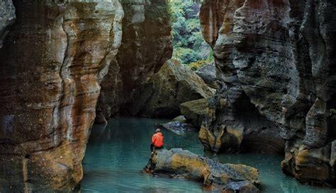 travelingyukcom green kenyot cikahuripan sungai berair