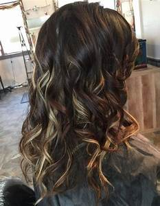 20 Pretty Ideas Of Peek A Boo Highlights For Any Hair Color