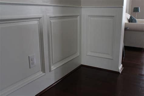 Wainscoting Doorway & Door Molding + Wainscot (i Like Much