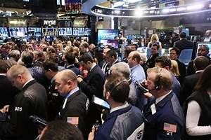 US stocks buoyed by oil after claims data, Pfizer deal ...