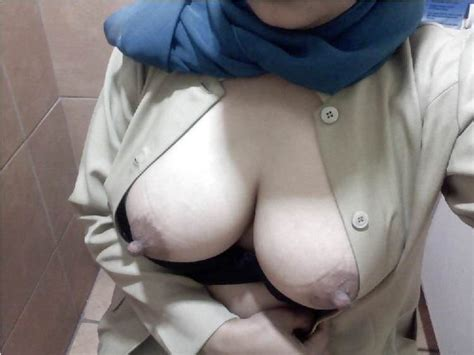 memek jilbab arab cadar bugil toket montok smp