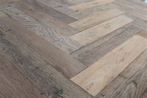 Antique reclaimed French oak herringbone parquet