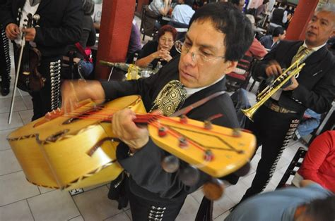 Songs are made by putting multiple bars of music together to form larger sections, and then putting these larger sections together. The Best Bars for Traditional Music in Mexico