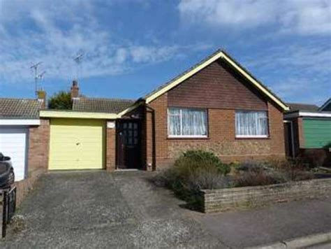 2 Bedroom Bungalow For Sale In Canterbury Close St. Peters