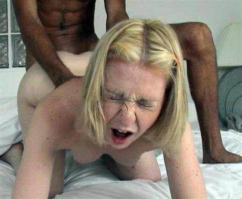 Interracial Puss With Jennifer Freckles