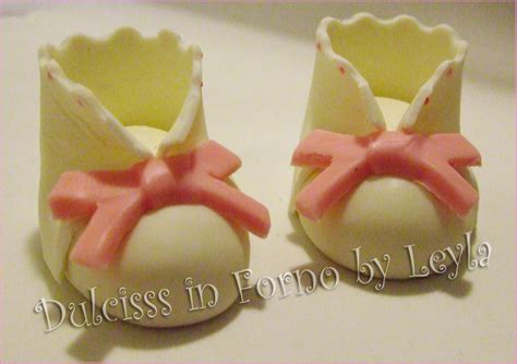 pasta di zucchero fiori passo passo scarpine neonato o bambino in pasta di zucchero tutorial