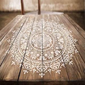 Schablonen Für Die Wand : die 25 besten ideen zu wandschablonen auf pinterest yogazimmer dekor stencilschablonen und ~ Watch28wear.com Haus und Dekorationen