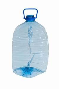 Bouteille En Plastique Vide : bouteille en plastique cras e image stock image du choisi vide 23657047 ~ Dallasstarsshop.com Idées de Décoration
